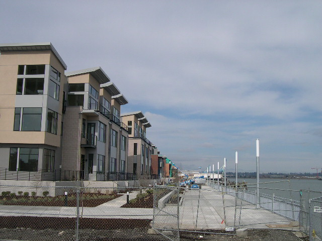 Riverscape Townhouses
